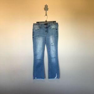 Celebrity pink crop jeans size 7/28. 122